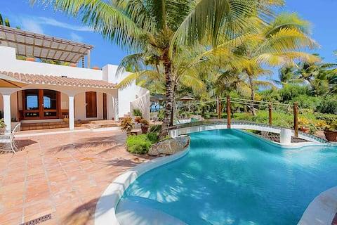 L Embellie Beach Villa and Cottage
