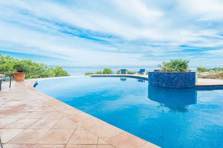 Can Morello - house with pool and sea views - Colonia de Sant Pere - Huis