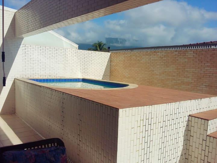 Apartamento Duplex com piscina privativa
