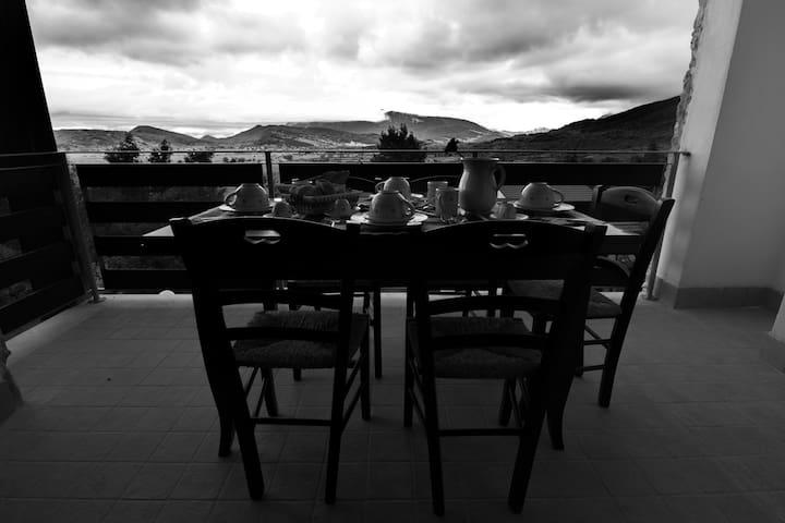 Campo Felice Suite Experience per 6 - Rocca di Cambio - Daire