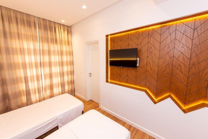 Inada Hotel- Twin Room 3