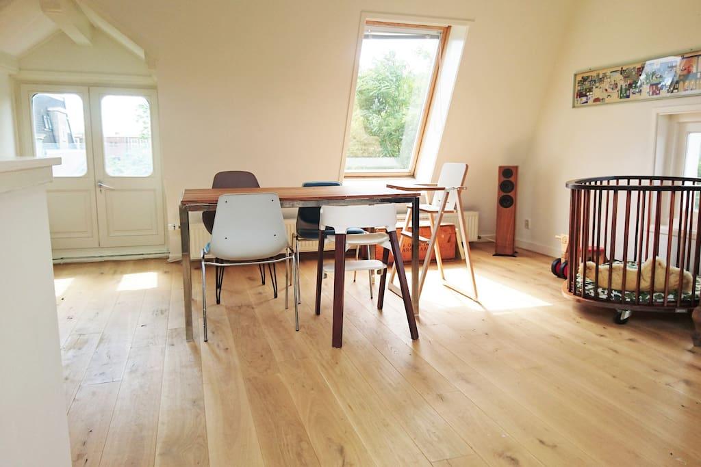 3. livingroom, angle 3