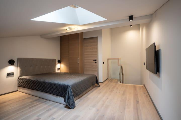 Apartamentai Nr. 1 - miegamasis su TV.