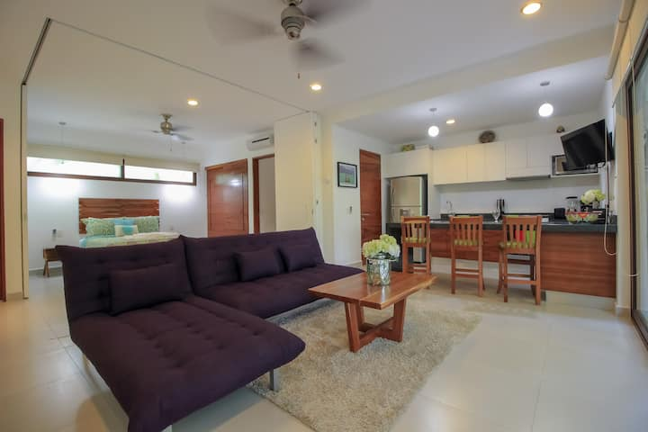 Exclusive Loft in Gated Community with Private Terrace & Pool Facilities by olahola
