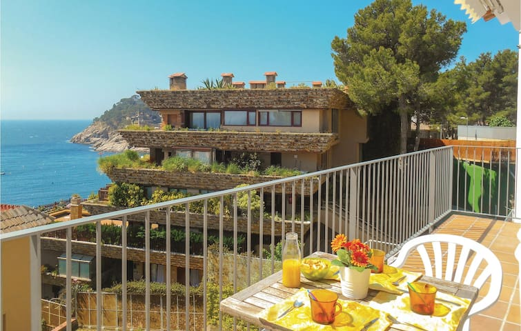 Holiday apartment with 2 bedrooms on 55m² in Tossa de Mar