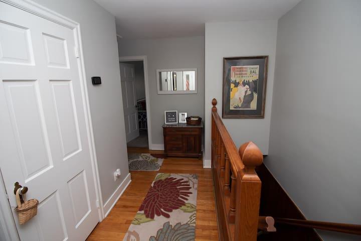 Entryway with hardwood floors