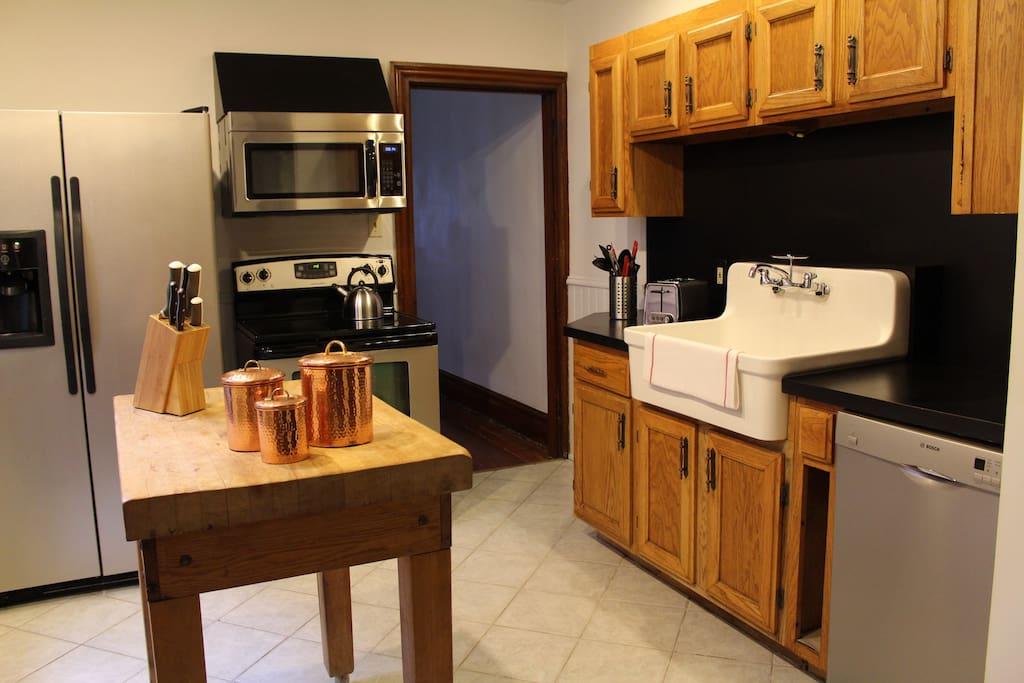 Modern side of kitchen