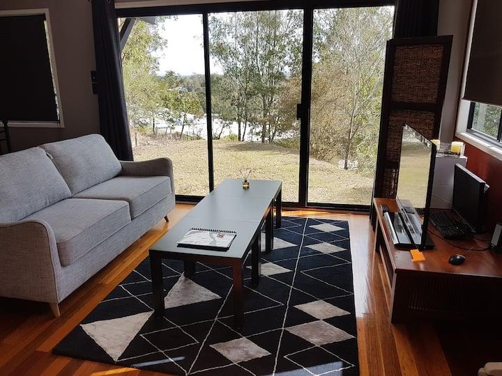 Kenmore Hills - Guest Suite with en suite