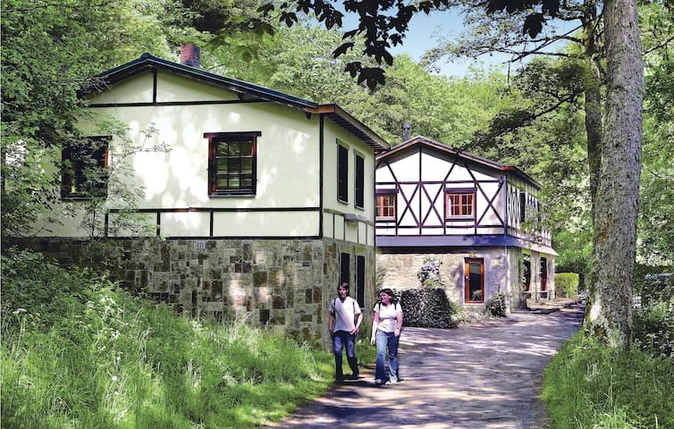 Holiday cottage with 9 bedrooms on 257 m²