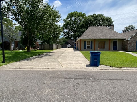 Beautiful Home with tons of amenities!