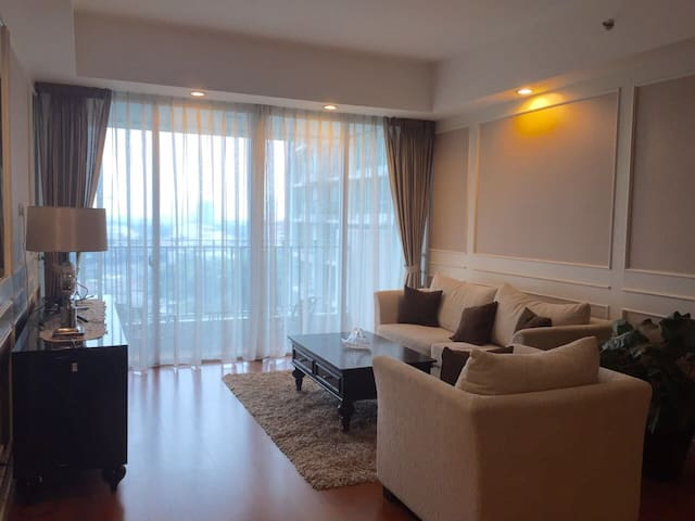Classic 2 BR Home In Kemang Jakarta