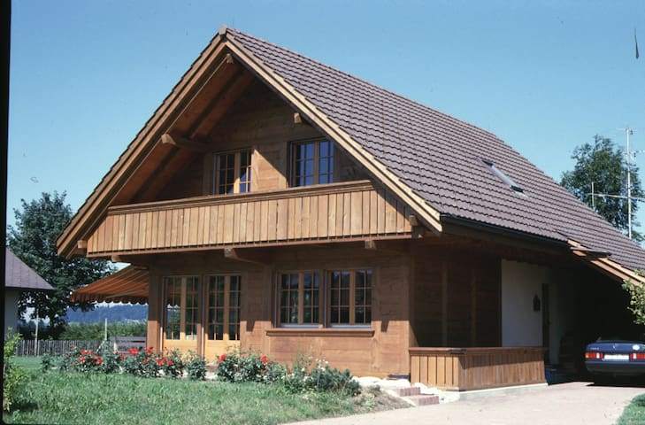 Pierre-à-Baus: Comfort and Business Equipment - Affoltern im Emmental - House