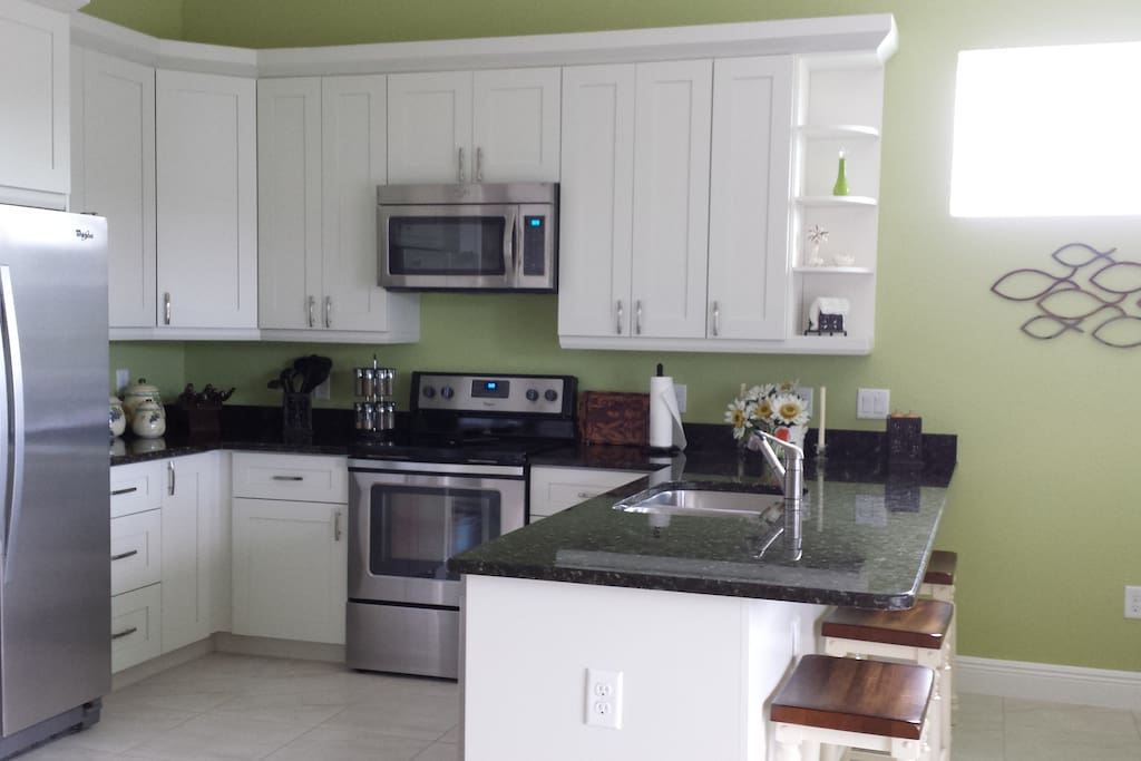 Fully Equipped Kitchen and Separate Laundry