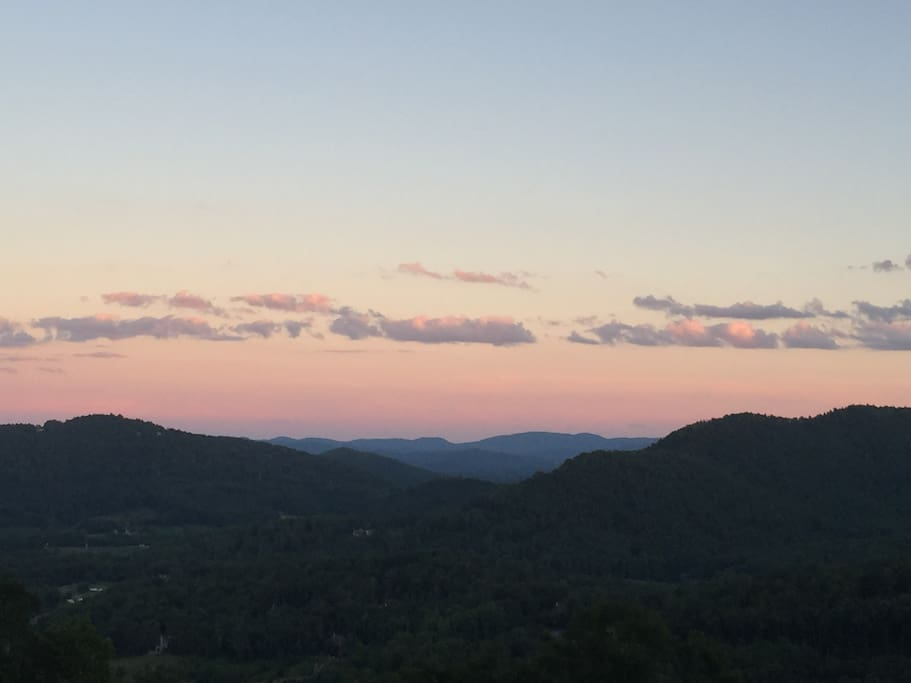 Welcome   to your Blue Ridge Mountains getaway!  Hike the mountains. The Blue Ridge Highway and the city of Asheville and all its natural splendor only minutes away from Black Bear Retreat.