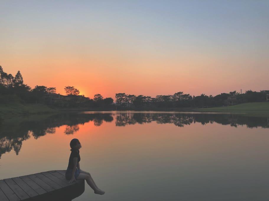 黄昏的美林湖