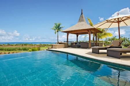 2 Bedroom Villa - Golf & Sea View - Bel-Ombre - Villa