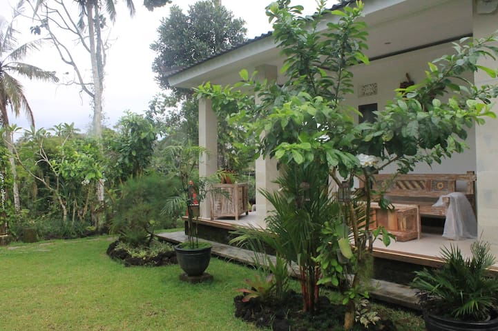 Nalar Two Bedroom Villa with Jungle View, Jacuzzi