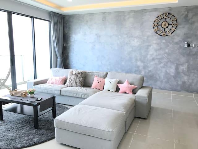 ❤AMERIN 3R2B Luxurious Homestay!TheMines/TBS/UPM ❤