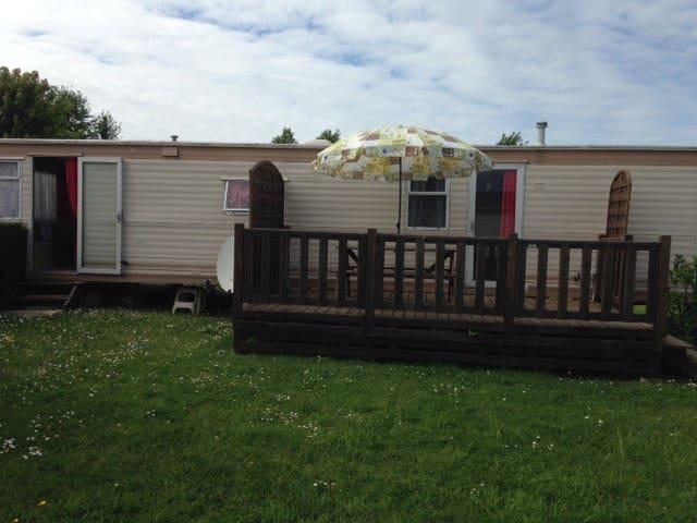 bungalow spacieux tout confort et idéalement situé