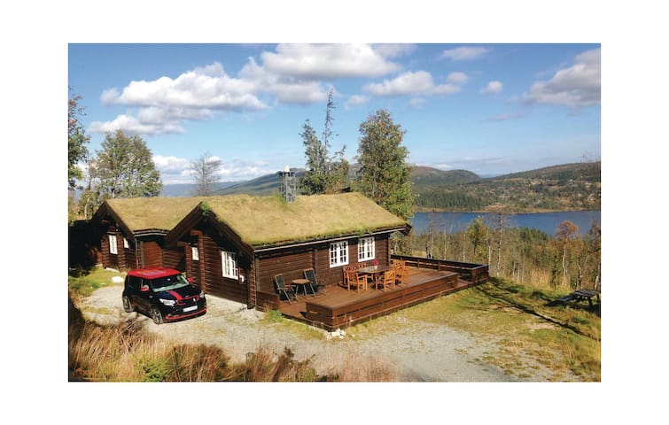 Holiday cottage with 3 bedrooms on 104 m² in Flå