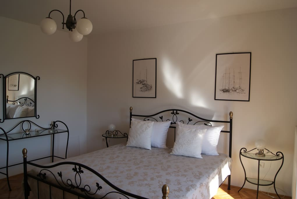 Double Room provide a space of 19 m², offering a comfortable stay for one or two guests with balcony
