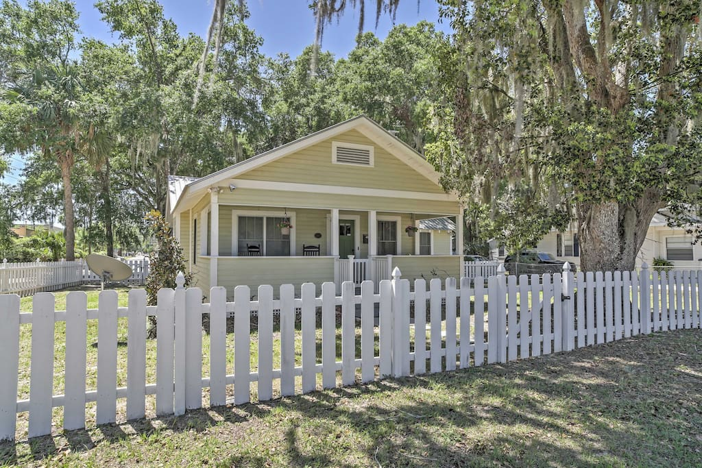You'll love this cute cottage with white picket fence and spacious yard.