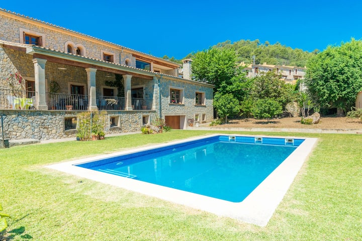 TURIXANT DALT - Villa with private pool in Mancor De La Vall. Free WiFi