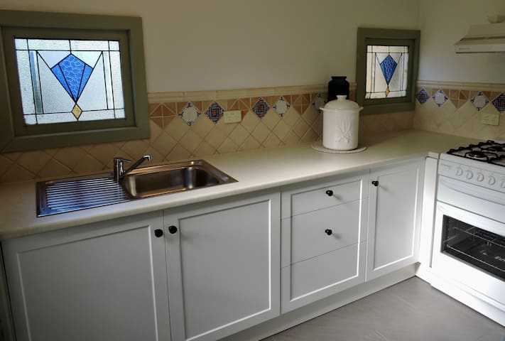 Kitchenette with oven