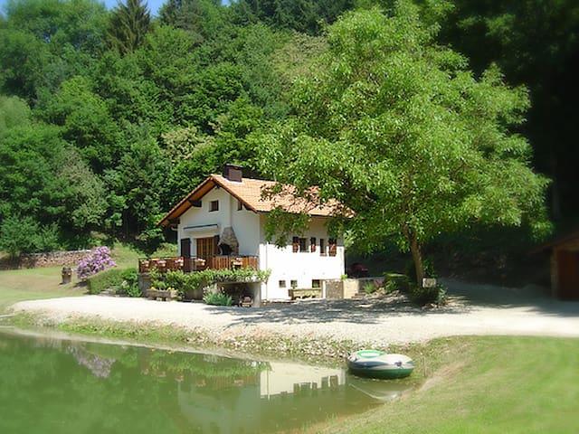 Maison/Chalet tout confort à Enchenberg - Enchenberg - Huis