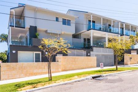 Alfonso short term rental - North Perth - Byhus