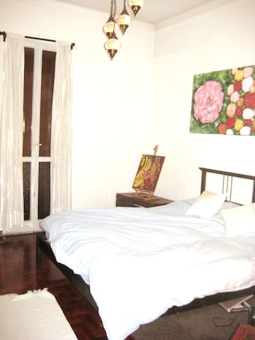 COMFORTABLE & WARM CLOSE TO THE CITY CENTER