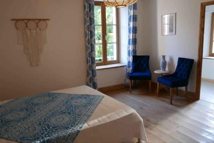 Chambre d'hôte Bleuet au Moulin de Solaure