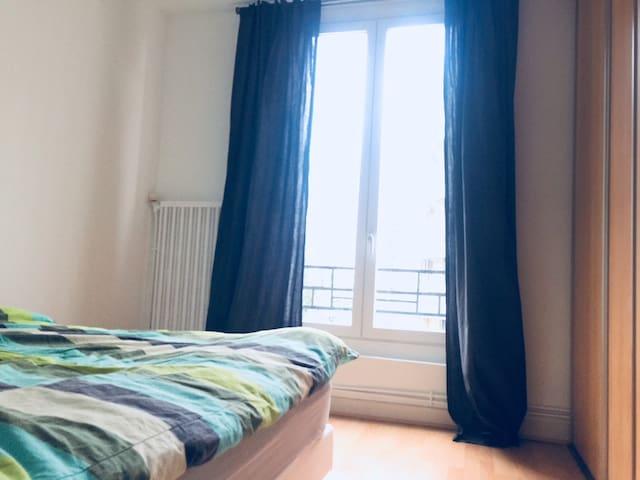 Chambre dans appartement 3 pièces - Nord de Paris