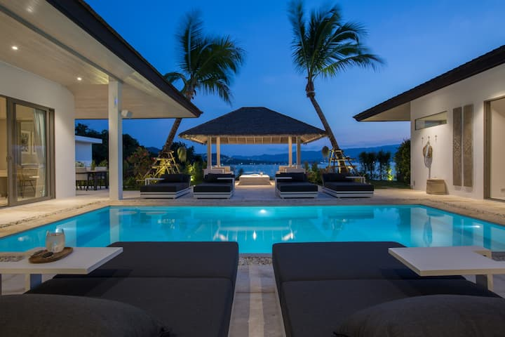 Luxury 4BR SUNSET Villa w/ Private BEACH access