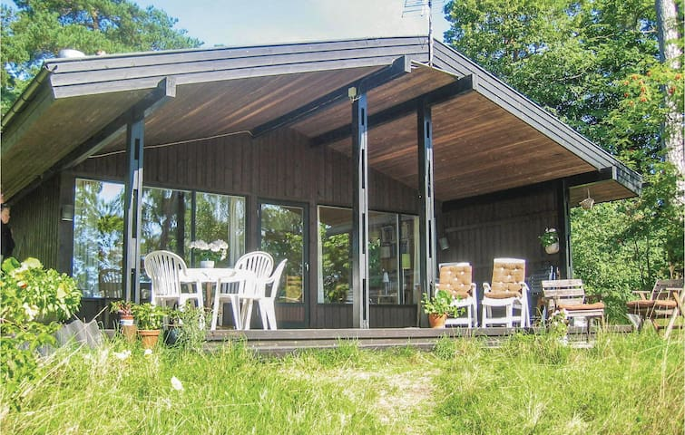 Holiday cottage with 4 bedrooms on 70 m² in Åhus