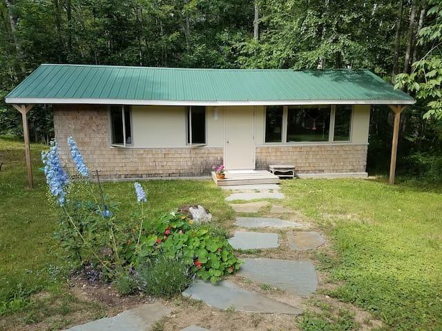 Guest House on Organic Farm in Midcoast Maine