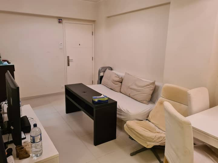 Spacious 2 bedroom apartment in Sheung wan