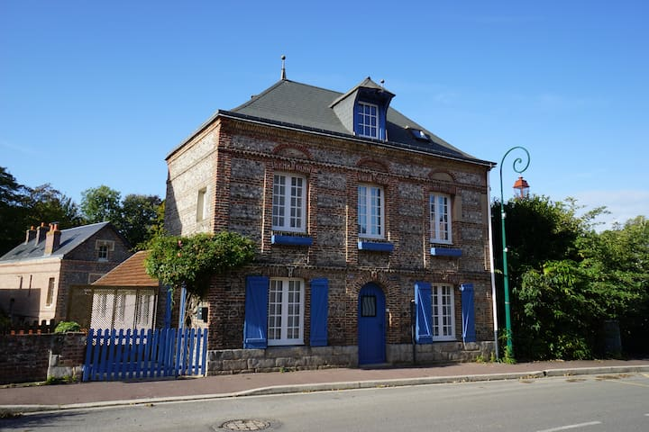 Maison de charme dans un village typique normand