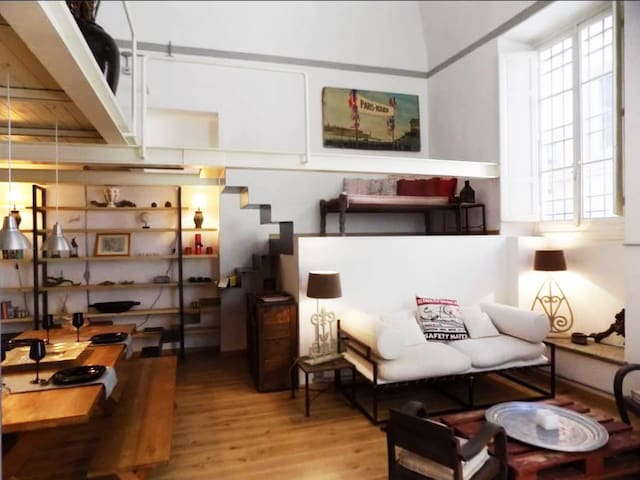 Cool loft in the heart of Florence