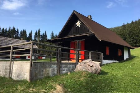 La baitina in Val Bartolo
