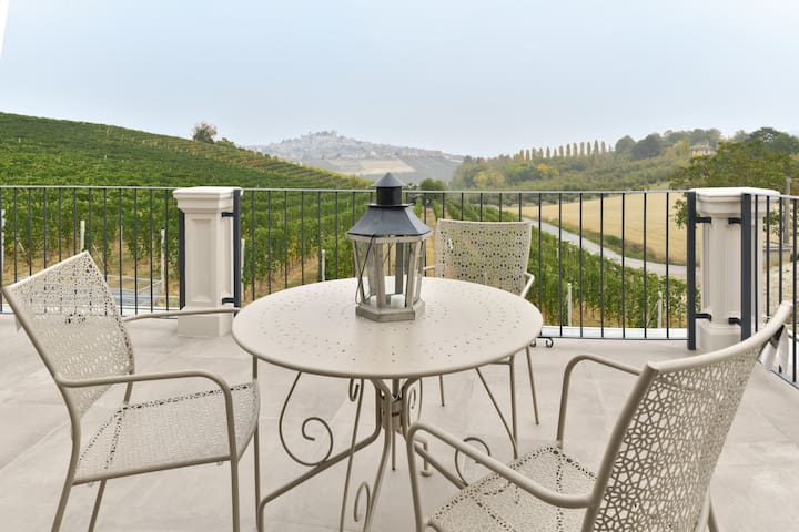 Dimora San Carlo in Barolo Vineyards  View Terrace