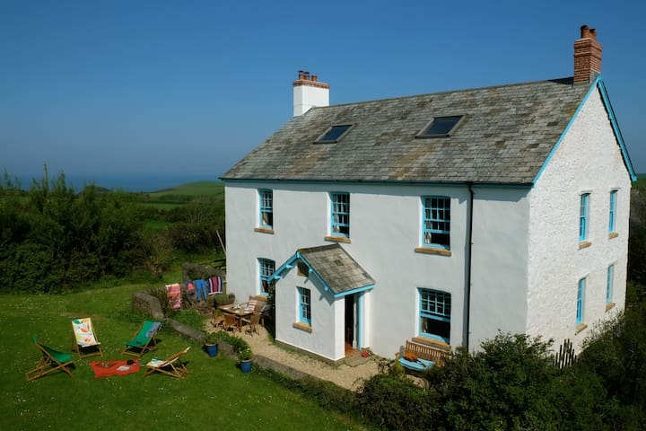 Little Barton Farmhouse, Hartland - Hartland - Casa