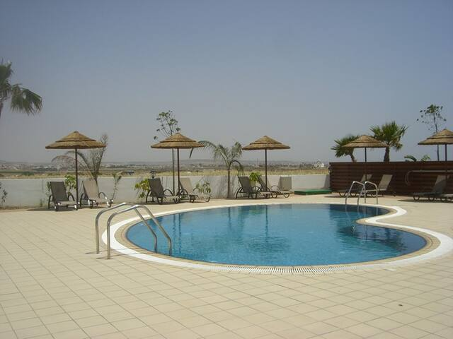 Larnaca Beach Holiday Flat Entire Pool Apartment