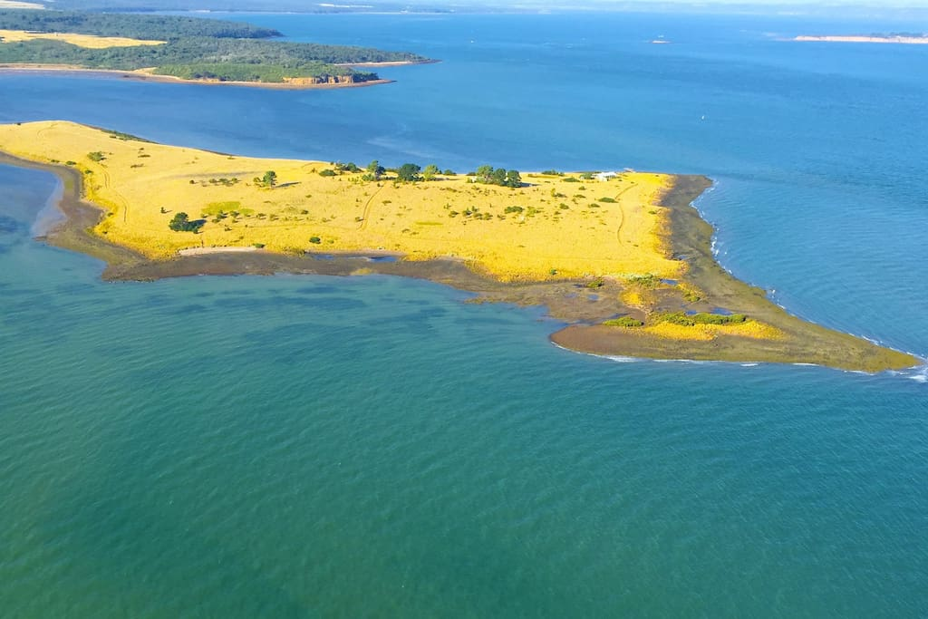 Aerial view of the island (it's not that yellow, that's grass...)