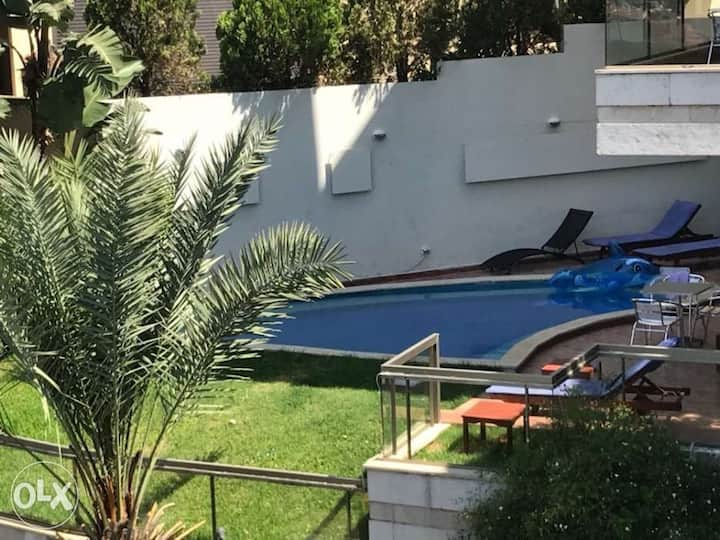 Apartment for rent with private pool and gym
