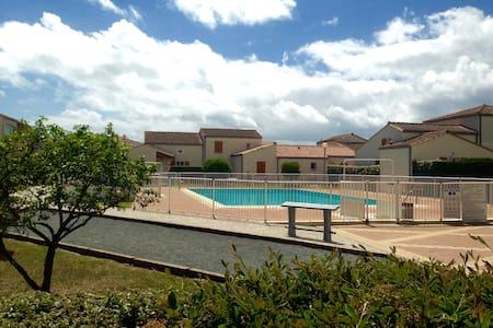 Maisonnette 4/6 pers dans résidence avec piscine - Vaux-sur-Mer