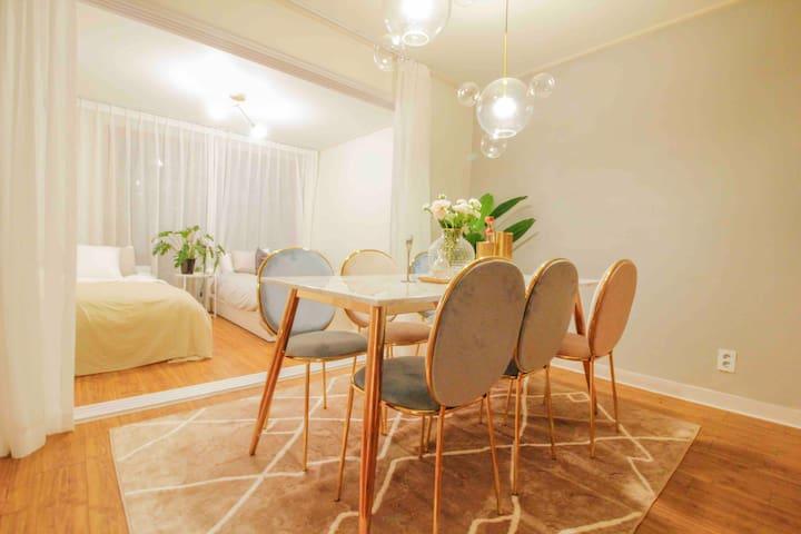 Hongdae / Best interior /3rooms/ Flower house