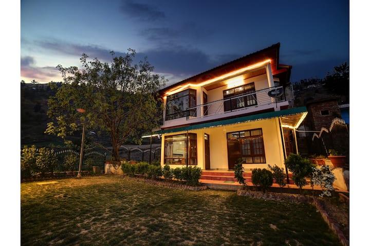 Hills and Valley View Villa@ Chail - Kufri Road