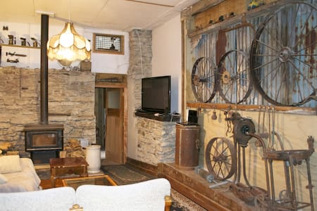 Mac's Rustic  Accommodation in Roxburgh - Roxburgh - Guesthouse