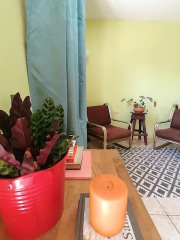 Your Room in Potrero! 5min to Playa Penca :)